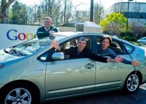Larry Page et Sergey Brin sur la Google Car